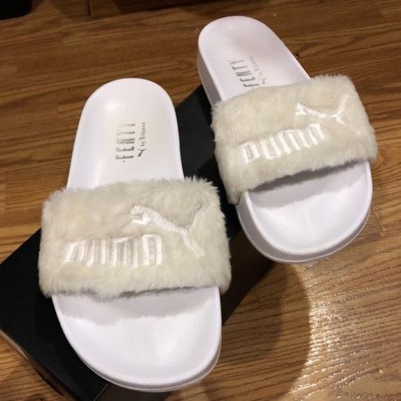 best sneakers 672b7 80625 Leadcat Fenty White Fur Slides